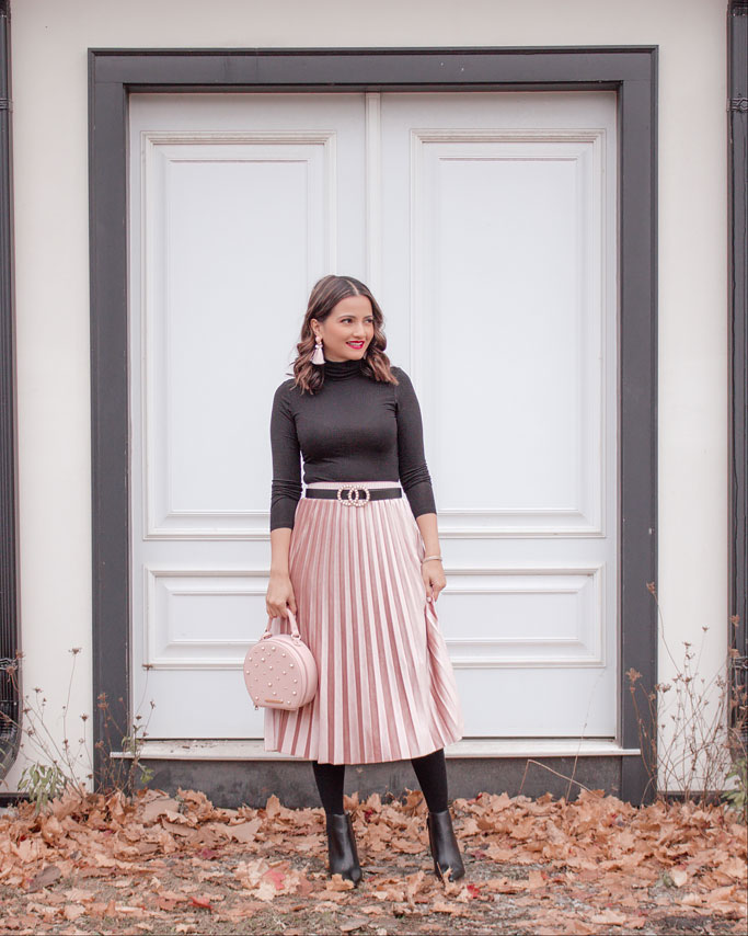 Black Turtleneck Pink Velvet Pleated Midi Skirt Gucci Dupe Belt Blogger Outfit