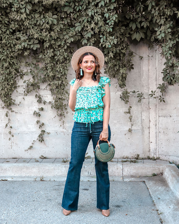How to use colour theory to plan your outfit cabi green festival tank trouser jeans blogger outfit straw hat green tassel earrings