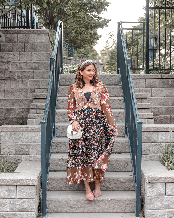 chicwish-dark-florals-dress-blogger-outfit