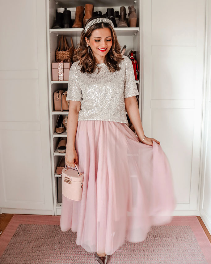 Glitter sequin shirt pink tulle skirt glitter hairband blogger outfit