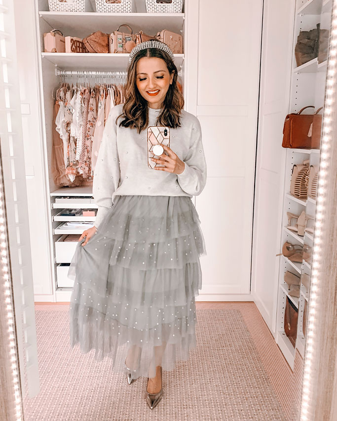 How to style a tulle skirt H&M-grey-studded-sweater-chicwish-grey-tulle-skirt-blogger-outfit