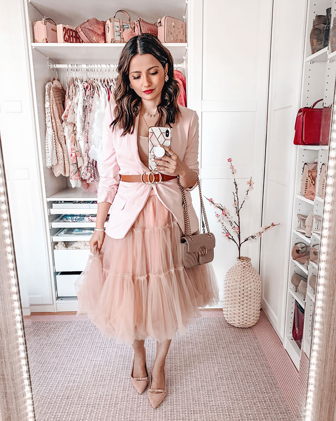 How-to-Style-a-Tulle-Skirt-Pink-Blogger-Outfit-Pink-Belted-Blazer-Gucci-Marmont-Quilted-bag